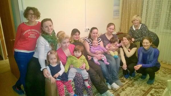 Волонтеры из Петербурга в Отделении помощи женщинам, оказавшимся в трудной жизненной ситуации, Фрунзенского района